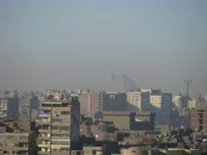 Pyramiden te zien vanuit mijn woonkamer